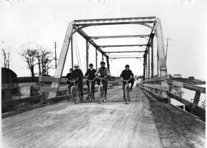 1907_cycling_lakeshore-0013